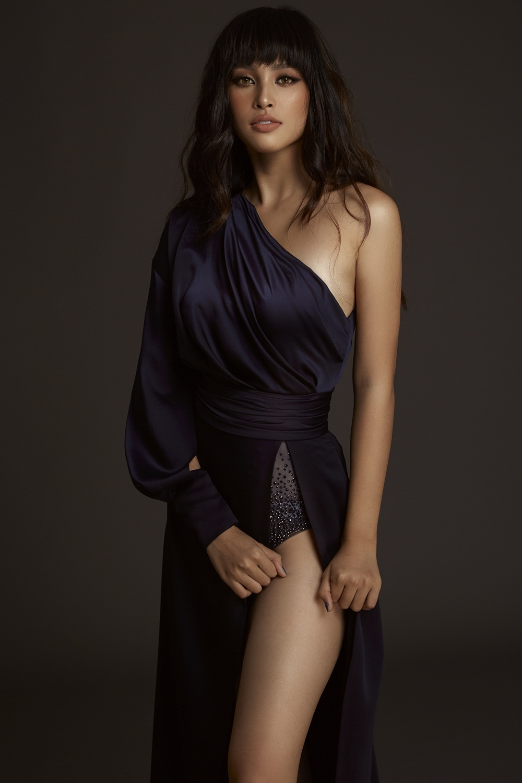 Tiểu Vy tung ảnh sexy sau 1 năm đăng quang Hoa hậu Việt Nam