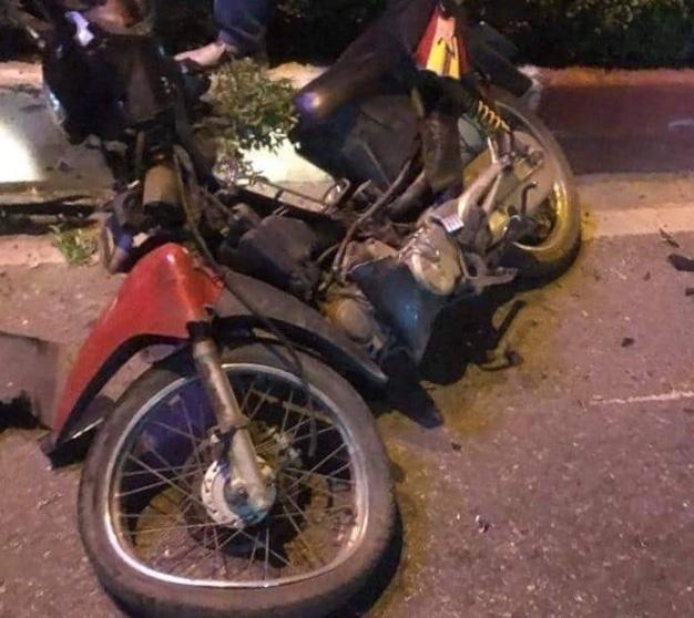 Xe máy chở 3 đi ngược chiều bị ô tô húc văng, 1 người chết ở Quảng Ninh