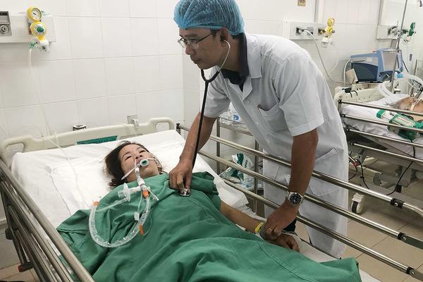 Người phụ nữ Cần Thơ bị co giật sùi bọt mép, suy hô hấp nặng