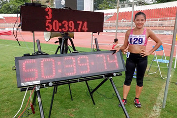 Race walker Phuc breaks national walking record
