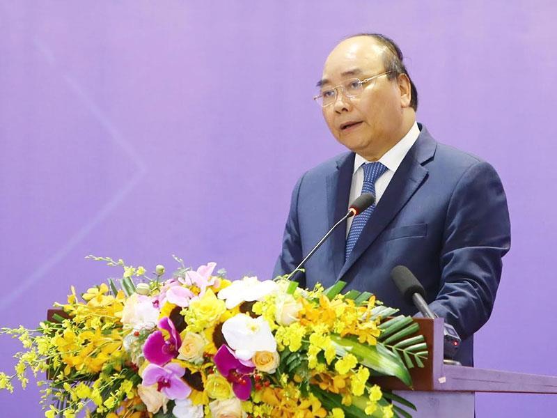 Thủ tướng cảnh báo 'bẫy thu nhập trung bình' đe doa trực tiếp Việt Nam