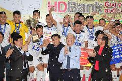Thái Sơn Nam bảo vệ thành công ngôi vô địch