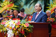 Thủ tướng mong Mặt trận phản biện sắc sảo, chân tình