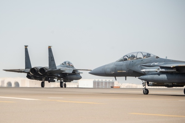 Iran,Ảrập Xêút,tên lửa,tiêm kích Mỹ,Trung Đông