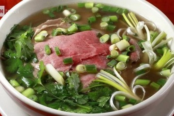 Searching for best pho in Hanoi is worth-a-try experience: CNN