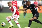 Frankfurt 0-0 Arsenal: Sức ép khủng khiếp (H1)