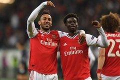 Phản đòn sắc lẹm, Arsenal đè bẹp Frankfurt
