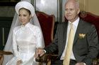 Thu Minh lần đầu tiết lộ ảnh cưới với đại gia Hà Lan ở trời Âu
