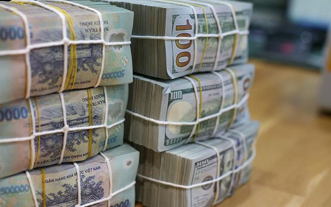 Các ngân hàng đang 'vay nóng' nhau 90.000 tỷ mỗi ngày