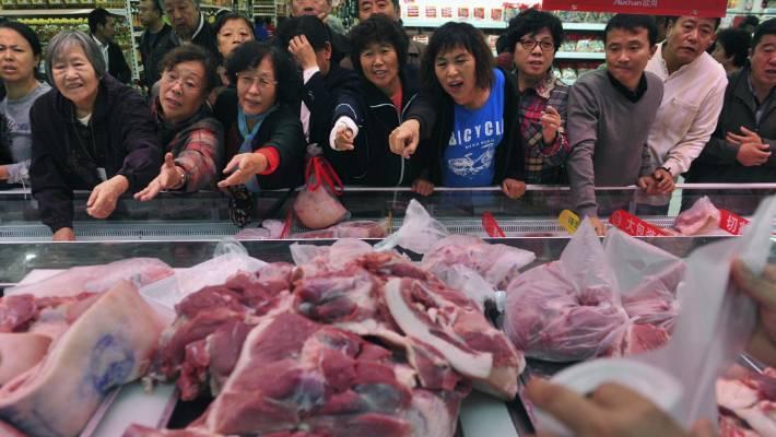 Lợn đột biến khổng lồ 700kg, giải cứu khủng hoảng Trung Quốc