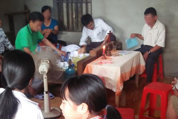 Nữ sinh Thanh Hóa bị cành cây đè tử vong trên đường đi ôn thi