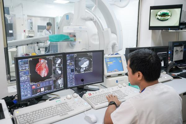 Chiếc máy 'chụp một lần, chẩn đoán trăm loại bệnh' ở Việt Nam