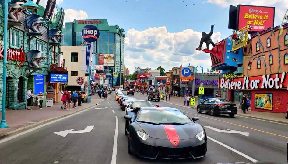 Lamborghini,Lamborghini Aventador,Lamborghini Aventador Roadster,Lamborghini Aventador S,McLaren,McLaren 720S,Car Passion,Gia Lai team,ASEAN Rally