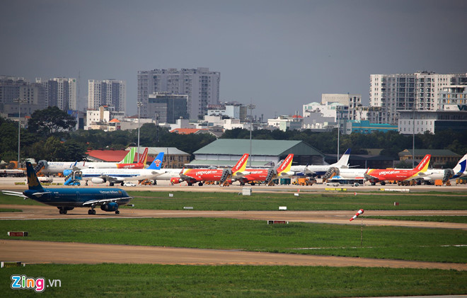 Vietnam Airlines, Vietjet fear they may lose market share to newcomers