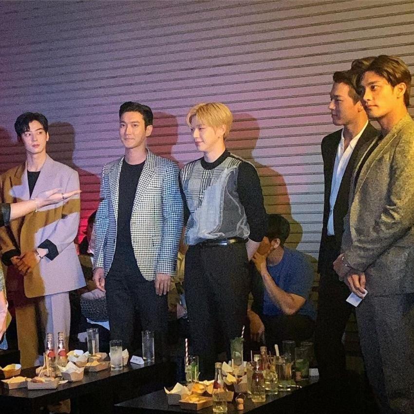'Trùm cuối' AAA chính thức lộ diện, hot hơn cả TWICE và Red Velvet