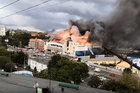Trung tâm mua sắm Nga bốc cháy ngùn ngụt