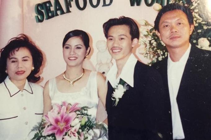 Ảnh cưới giản dị hiếm hoi của sao Việt