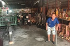 30 năm sưu tầm món đồ lạ, ông lão Sài Gòn sống đời an nhiên