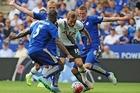 Trực tiếp Leicester vs Tottenham: Son Heung Min sát cánh Kane