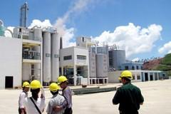 Tạm dừng hoạt động nhà máy cồn sau sự cố rò rỉ dầu