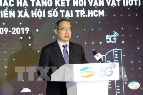 HCM City becomes first locality in Vietnam to get 5G service
