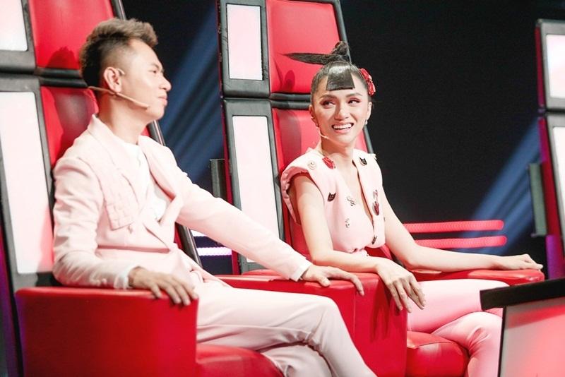 Hương Giang,The Voice Kids,Lưu Thiên Hương,Phạm Quỳnh Anh