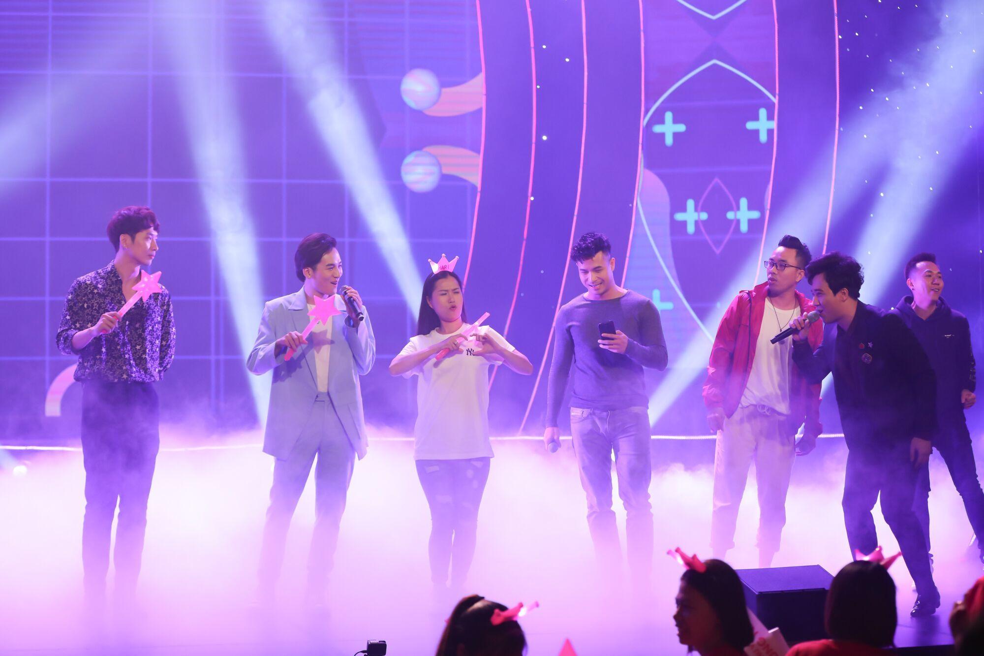 Hari Won,Trấn Thành,Park Jung Min,Karik,Trịnh Thăng Bình