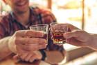 Không uống bia rượu, thanh niên 27 tuổi vẫn say xỉn, hỏng gan