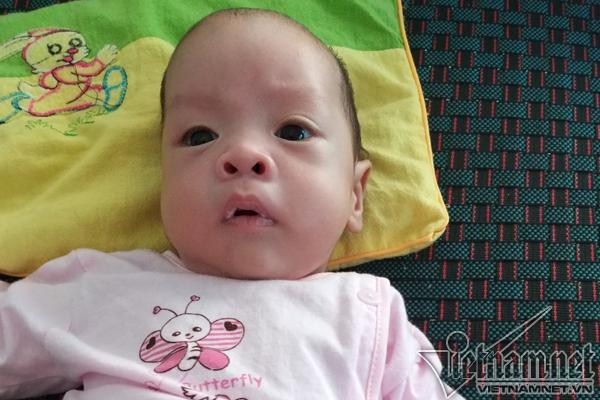 Hình ảnh kháu khỉnh của bé Bình An sau 4 tháng chào đời