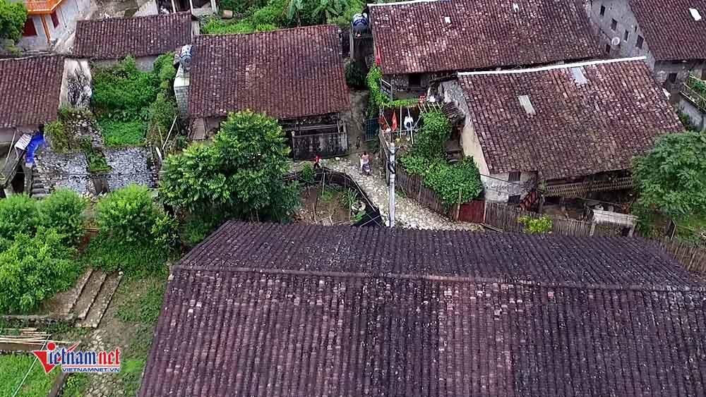 Tận mắt chiêm ngưỡng làng nhà sàn đá đặc biệt nơi biên cương Cao Bằng