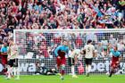West Ham 2-0 MU: Siêu phẩm sút phạt (H2)