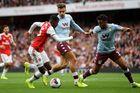 Arsenal 1-2 Aston Villa: Đội khách tái lập thế dẫn trước tức khắc (hiệp 2)