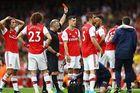 Arsenal 0-1 Aston Villa: Pháo thủ tìm bàn gỡ (hiệp 2)