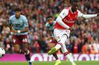 Arsenal 1-2 Aston Villa: Aubameyang bỏ lỡ khó tin (hiệp 2)