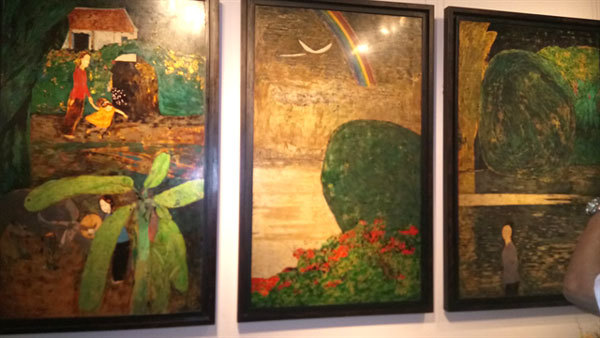Teacher and student display paintings together at VN National Museum of Fine Arts