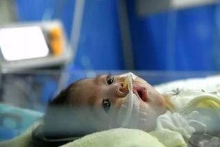 Bé gái 2 tháng tuổi sống tiếp nhờ trái tim được tặng lấy đi nước mắt triệu người