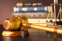 Nữ thẩm phán và hình phạt 'sáng tạo' thức tỉnh nhóm thanh niên