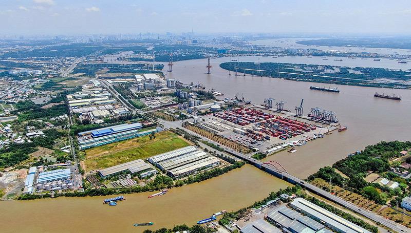 Được quy hoạch trở thành cảng quốc tế, cảng Hiệp Phước là yếu tố góp phần hình thành nên khu đô thị Cảng sầm uất bậc nhất Đông Nam Á, thúc đẩy giá trị BĐS đô thị vệ tinh Nam TP.HCM