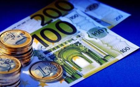 Tỷ giá ngoại tệ ngày 24/9, châu Âu đen tối, USD tăng vọt