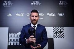 Messi vượt Van Dijk, Ronaldo đoạt danh hiệu The Best