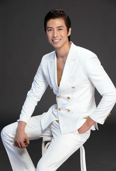 Ca sĩ Huỳnh Gia Đạt được khen ngợi trong tour mini show đầu tiên