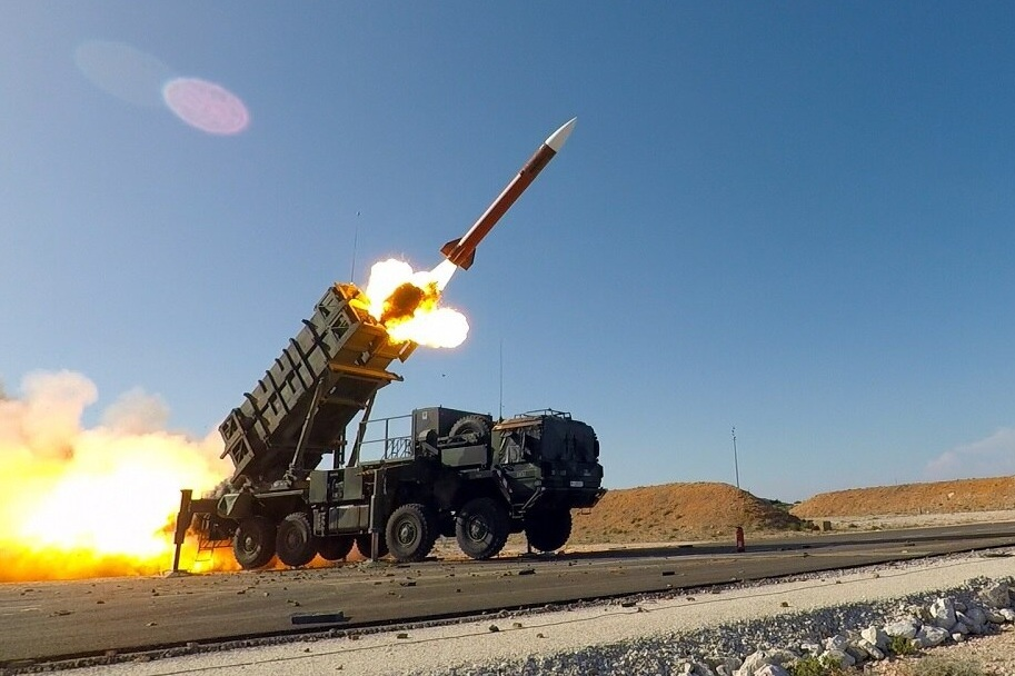 'Điểm yếu chết người' của tên lửa phòng không tầm xa Mỹ