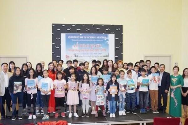 Free Vietnamese-language course held in Czech Republic's city