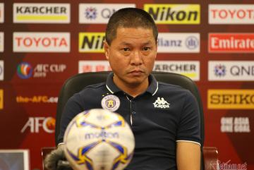 """HLV Chu Đình Nghiêm: """"Hà Nội chơi hay hơn, tiếc là thiếu may mắn"""""""