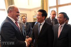 Trưởng Ban Tuyên giáo TƯlàm việc với lãnh đạo các chính đảng Nga