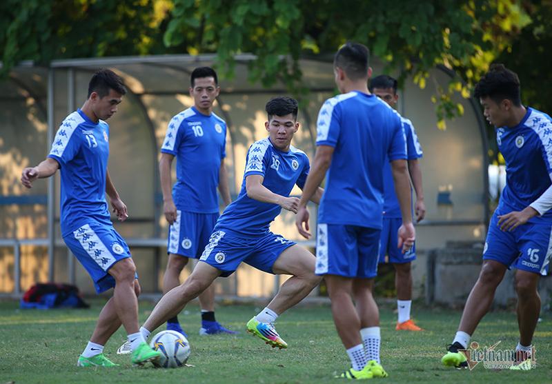 Văn Hậu tiếp lửa, Quang Hải quyết xé lưới đội bóng Triều Tiên