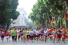 Gần 1.500 VĐV tham dự giải chạy Vì hòa bình 2019