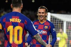 """Messi châm ngòi, Griezmann tỏa sáng giúp Barca hạ """"Tàu ngầm vàng"""""""