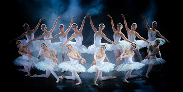 Classic opera & ballet restaged to celebrate theatre's anniversary