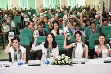 Hoa hậu Mai Phương Thúy: 'Sách là món quà giá trị nhất'
